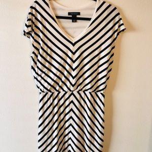 White House Black Market Chevron Stripe Dress Sz L